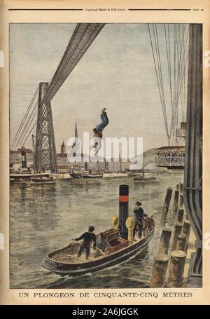 Un homme se jette du haut du pont transbordeur de Rouen, effectuant ainsi un saut de 55 mètres la tête la première, puis est ressorti de la Seine a la Banque D'Images