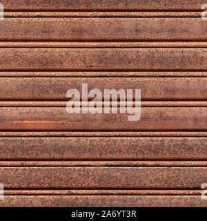 Seamless texture de old rusty porte d'acier de roulement. Marina di Pisa. L'Italie. Banque D'Images