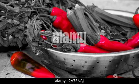 Dans cette image dans image de piment rouge n'est qu'avec des légumes. Banque D'Images