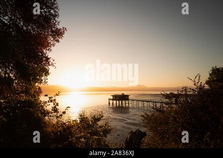 Lever du soleil à une jetée au Point Reyes