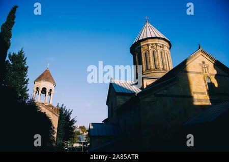Heure d'or sur Saint George's Cathédrale Arménienne , Tbilissi, Géorgie Banque D'Images