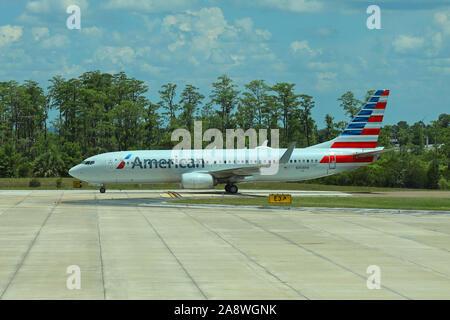 American Airlines avion Boeing 737-823 N368PW