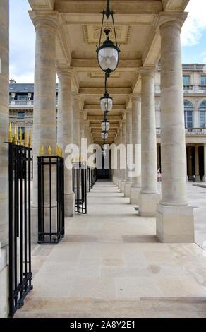 Palais Royal, ancien Palais Royal à proximité du musée du Louvre. Paris, France. 16 août, 2019. Banque D'Images
