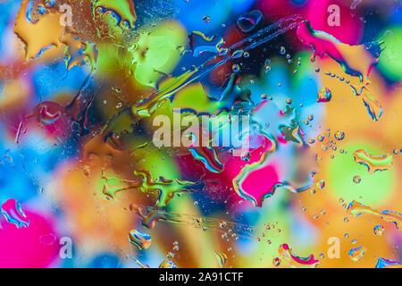 Résumé fond coloré lumineux. Macro multicolore bulles d'eau, taches ou Banque D'Images