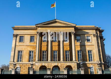 Londres, Royaume-Uni - 26 Février 2019: une vue de l'extérieur de la Géorgie d'Apsley House - la maison du premier Duc de Wellington, situé sur Hyde Park Corner Banque D'Images