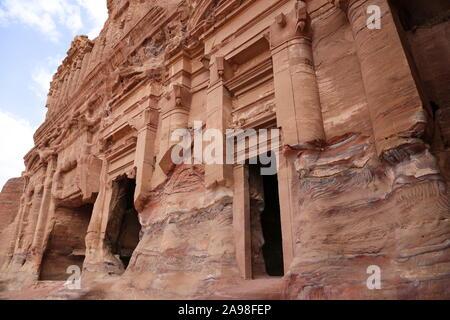 Palace tombe (Qabr Al Qasr), des tombes royales, vue du Trésor Trail, Petra, Wadi Musa, le Gouvernorat de Ma'an, Jordanie, Moyen-Orient