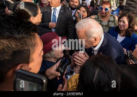 Los Angeles, Californie, USA. 14Th Nov, 2019. Candidat présidentiel Joe Biden rencontre avec des partisans à la fin de sa campagne rassemblement à Los Angeles Trade Technical College. Crédit: Justin L. Stewart/ZUMA/Alamy Fil Live News Banque D'Images