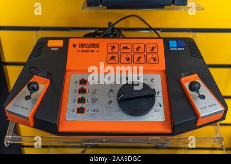 Un Binatone plat master MK 8 console de jeux initialement en 1977 et vendus dans les années 1980 Banque D'Images