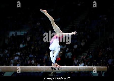 Szczecin, Pologne, le 14 avril 2019: Ilaria Kaeslin de Suisse fait concurrence à la poutre lors de la Championnats de gymnastique artistique Banque D'Images
