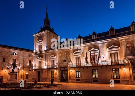 Plaza de la Villa, Place de Ville, Madrid, Espagne. Banque D'Images