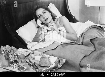 Vivre POUR LA VIE, (aka VIVRE POUR VIVRE), Annie Girardot, 1967