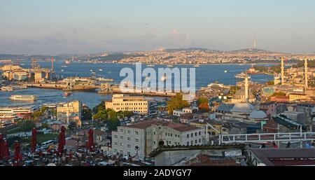 Istanbul, Turquie - 7 septembre 2019. Un panorama d'Istanbul prises à partir de la proximité de Mosquée de Suleymaniye à Eminonu, Fatih. Il montre la vue sur le B