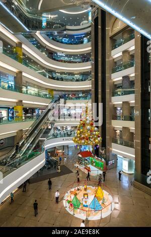 Hong Kong, Chine - Novembre 2019: l'intérieur du centre commercial Times Square, un célèbre centre commercial de Hong Kong Banque D'Images
