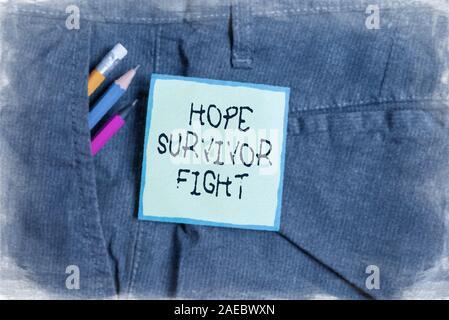 Signe texte montrant l'espoir survivant lutte. Photo d'affaires mettant en position contre votre maladie être fighter stick de rêves et d'écriture non vert Banque D'Images