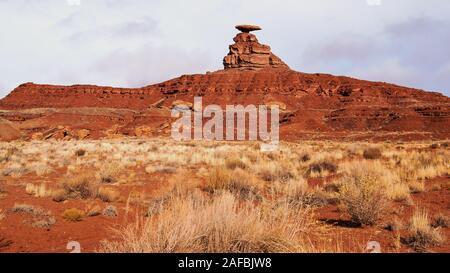 Mexican Hat Rock Formation à San Juan County, Utah, USA Banque D'Images