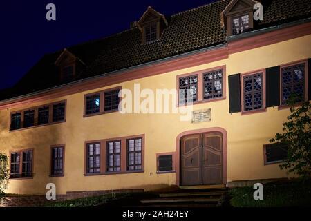 Maison de Bach dans la vieille ville d'Eisenach qui était auparavant considérée à tort comme le lieu de naissance du compositeur Johann Sebastian Bach Banque D'Images