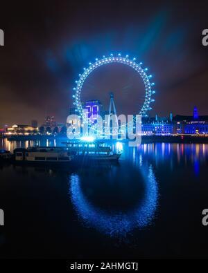 Teal London Eye 1. Le réveillon du Nouvel An à rebours jusqu'à 2020 à Londres