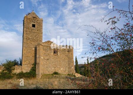 Iglesia de Santiago, en ruinas, Navalsaz , La Rioja, Espagne, Europe.