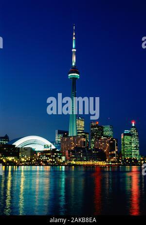 Ville de Toronto avec le CN Tower at night, Ontario, Canada