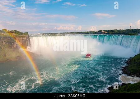 Le Canada, la province de l'Ontario, Niagara Falls, les chutes canadiennes, Hornblower Bateau canadien d' Banque D'Images