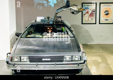 Los Angeles, CA - Juillet 2019 Retour vers le futur DeLorean au Petersen Automotive Museum.