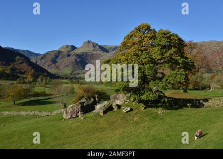 Les Langdale Pikes et les Langdale Boulders, au Royaume-Uni