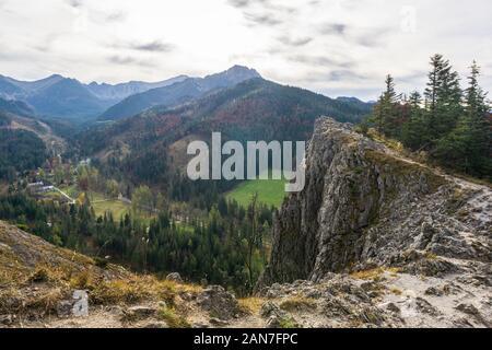 Parc National des Tatras. Paysage d'automne. Vue de Nosal. Banque D'Images