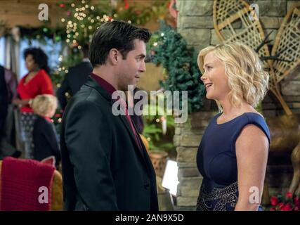 JORDAN BRIDGES, ALISON SWEENEY, NOËL À HOLLY LODGE, 2017 Banque D'Images