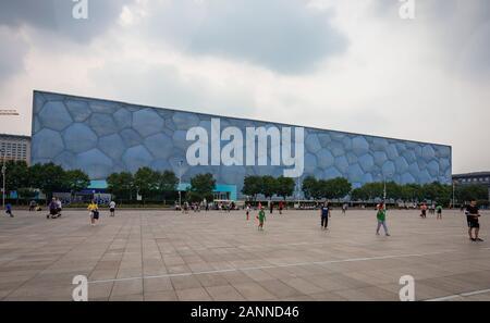 Le Centre national de natation de Pékin, également connu sous le nom de Cube d'eau, Beijing, Chine Banque D'Images