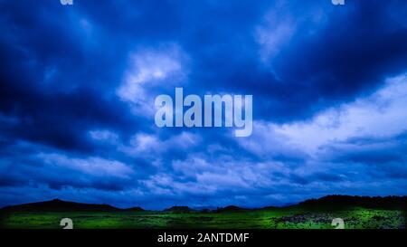 Paysage de nuages de mousson et de leurs humeurs Banque D'Images