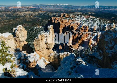 Superbe vue sur Inspiration Point Parc National de Bryce Canyon à l'Utah Banque D'Images
