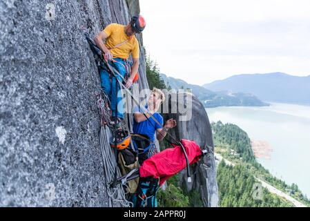 Trad Escalade, Stawamus Chef, Corridor Sea To Sky, Squamish (Colombie-Britannique), Canada Banque D'Images