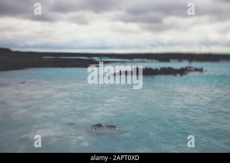 Célèbre Spa Géothermal Islandais Blue Lagoon Près De Reykjavik En Islande, Grindavík Sur La Péninsule De Reykjanes Banque D'Images