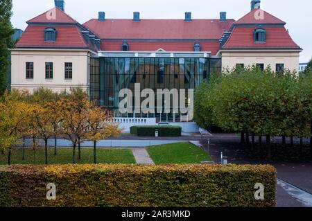Le Musée Juif, Berlin, Allemagne. Avec des extensions conçues par Daniel Liebeskind, elle a ouvert 2001 et est la plus grande en Europe. Banque D'Images