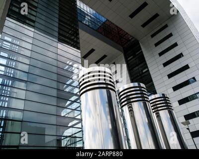 Détails de l'emblématique Kranhaus moderne, Crane House, à Cologne, Allemagne, Europe occidentale Banque D'Images