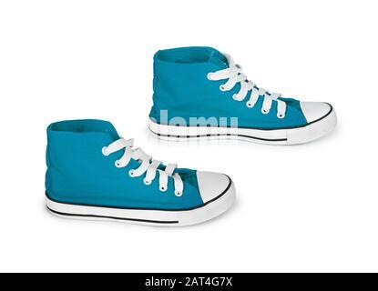 sneakers bleues vintage sur fond blanc Banque D'Images