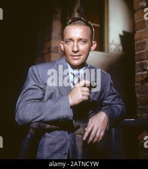 Bing CROSBY (1903-1977) chanteur et acteur américain de cinéma vers 1952