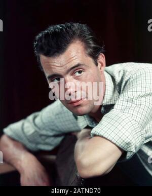 Dirk BOGARDE (1921-1999) acteur de cinéma anglais vers 1965