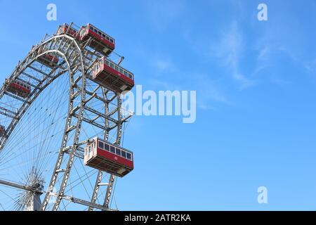 La grande roue ferris 'Wiener Riesenrad' est le point de repère principal de Vienne, Autriche