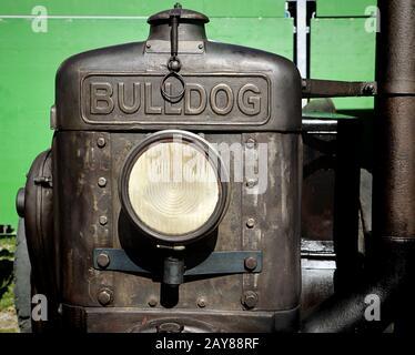 Munich, ALLEMAGNE Lanz Bulldog tracteur d'époque exposé à l'Oide Wiesn partie historique de l'Oktoberfest à Munich, un environnement familial et convivial pour les enfants