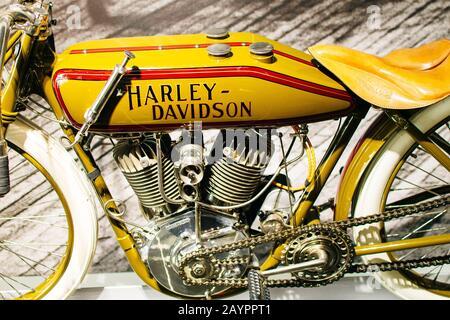 Los Angeles, CA - juillet 2019 moto au Petersen Automotive Museum.