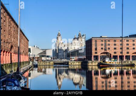 Royal Albert Dock Et Pier Head À Liverpool. Banque D'Images