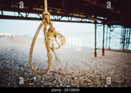 Potence, corde en vertu de pier, Brighton, Angleterre Banque D'Images