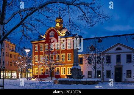 Hôtel de ville sur la place du marché à Suhl, Thuringe, Allemagne Banque D'Images