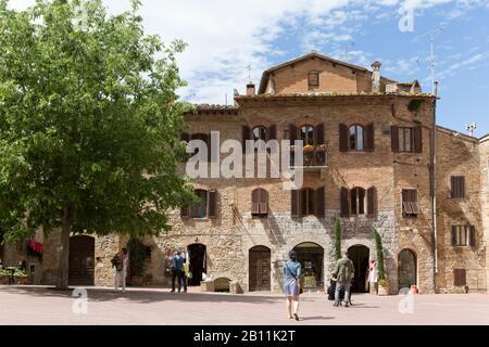 San Gimignano, également appelée Ville des tours, Province de Sienne, Toscane, Italie