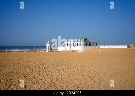 Le mausolée de Layen, sanctuaire du fondateur de la fraternité musulmane de Layen, plage de Yoff, Dakar, Sénégal Banque D'Images