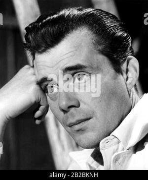 Dirk BOGARDE (1921-1999) acteur et écrivain de film anglais vers 1955