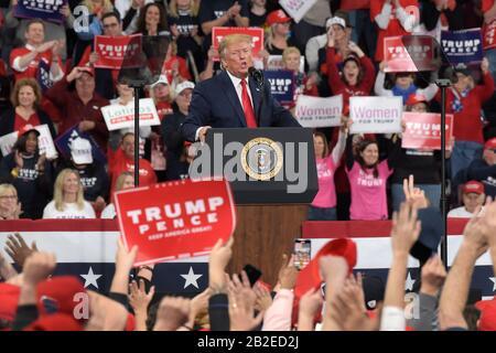 Le président Donald Trump a comparu lors d'un rassemblement le 10 décembre 2019 au Giant Center de Hershey, PA. Banque D'Images