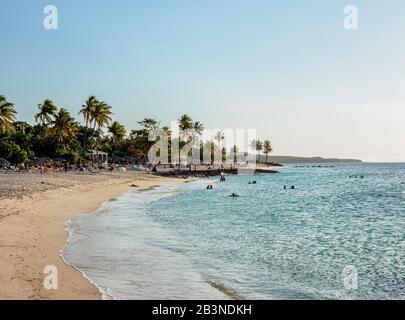 Playa Bani, Guardalavaca, Province De Holguin, Cuba, Antilles, Caraïbes, Amérique Centrale Banque D'Images