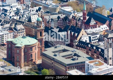 Allemagne, Hesse, Francfort, vue de la tour principale vers Paulskirche. Banque D'Images